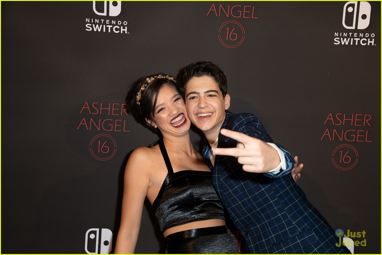 asher angel 16 bday nintendo party pics 64