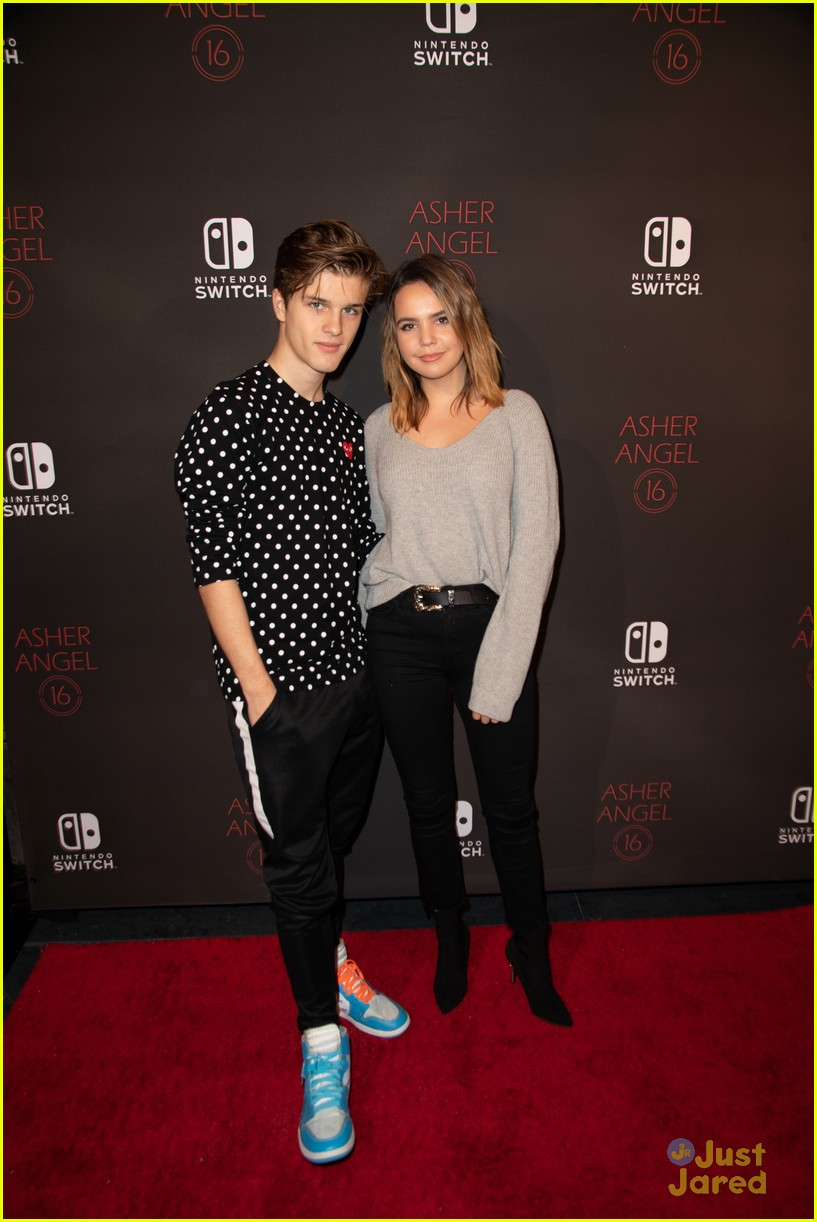 asher angel 16 bday nintendo party pics 75