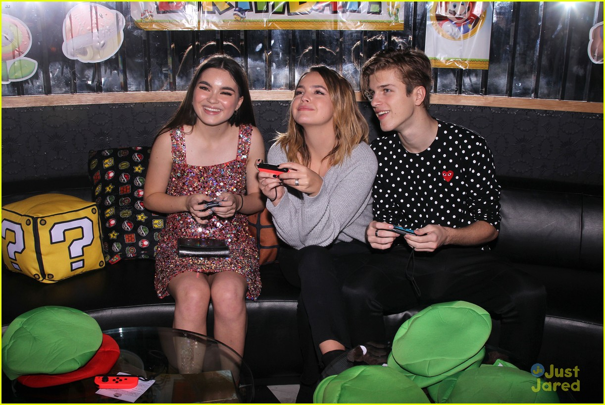 asher angel 16 bday nintendo party pics 91