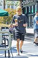 justin bieber brings starbucks along for his hike 72