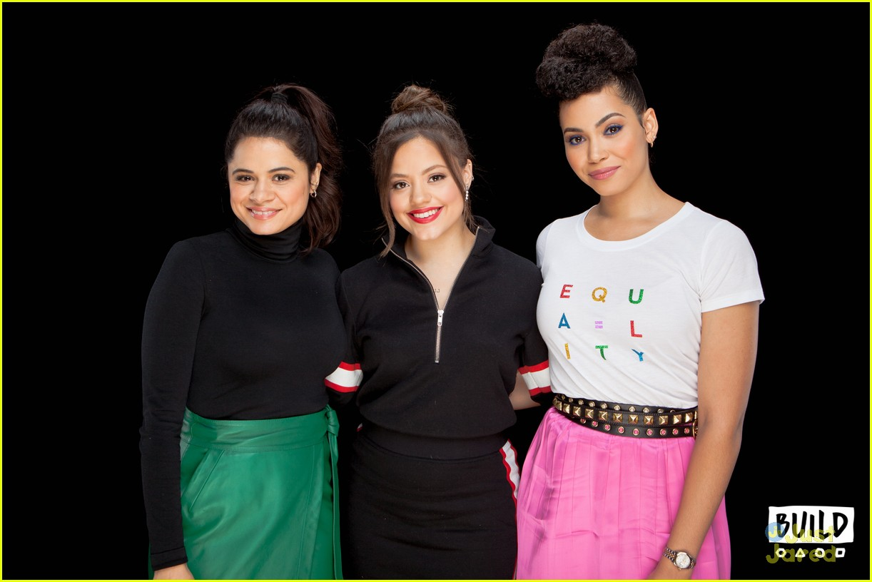 sarah jeffery charmed sisters build series nycc 24