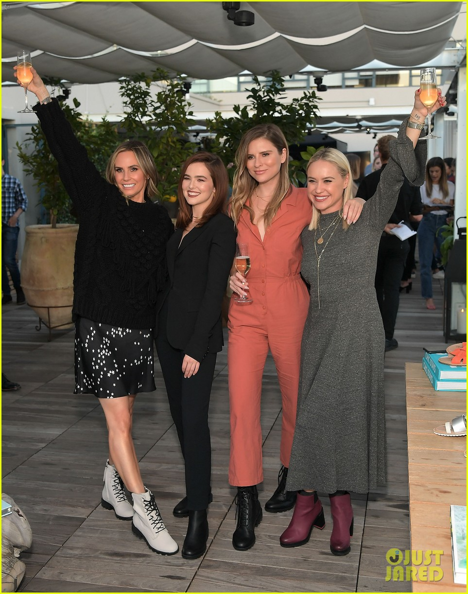 zoey deutch supports ladygang stars at fall podcast party01