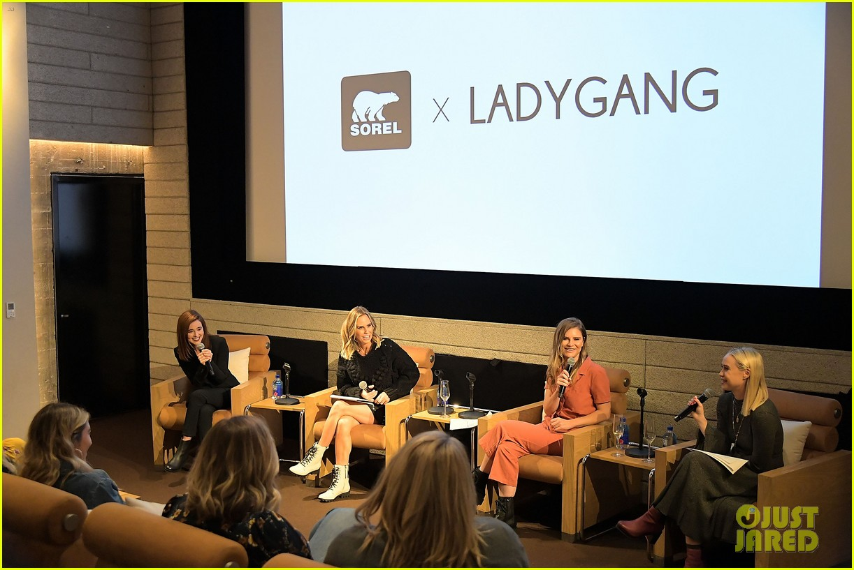 zoey deutch supports ladygang stars at fall podcast party04