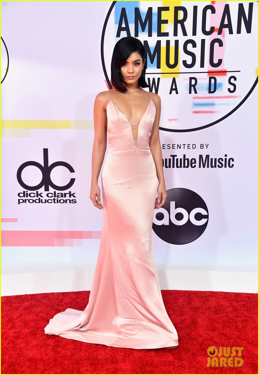 vanessa hudgens goes pretty in pink for american music awards 03