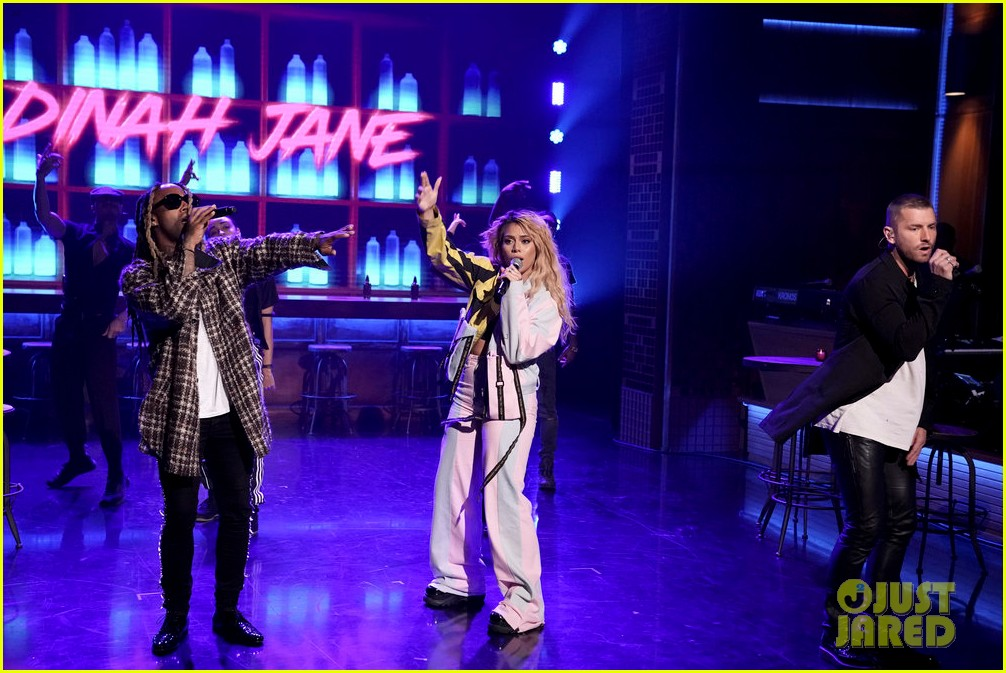 dinah jane gives solo debut performance of bottled up on tonight show 03