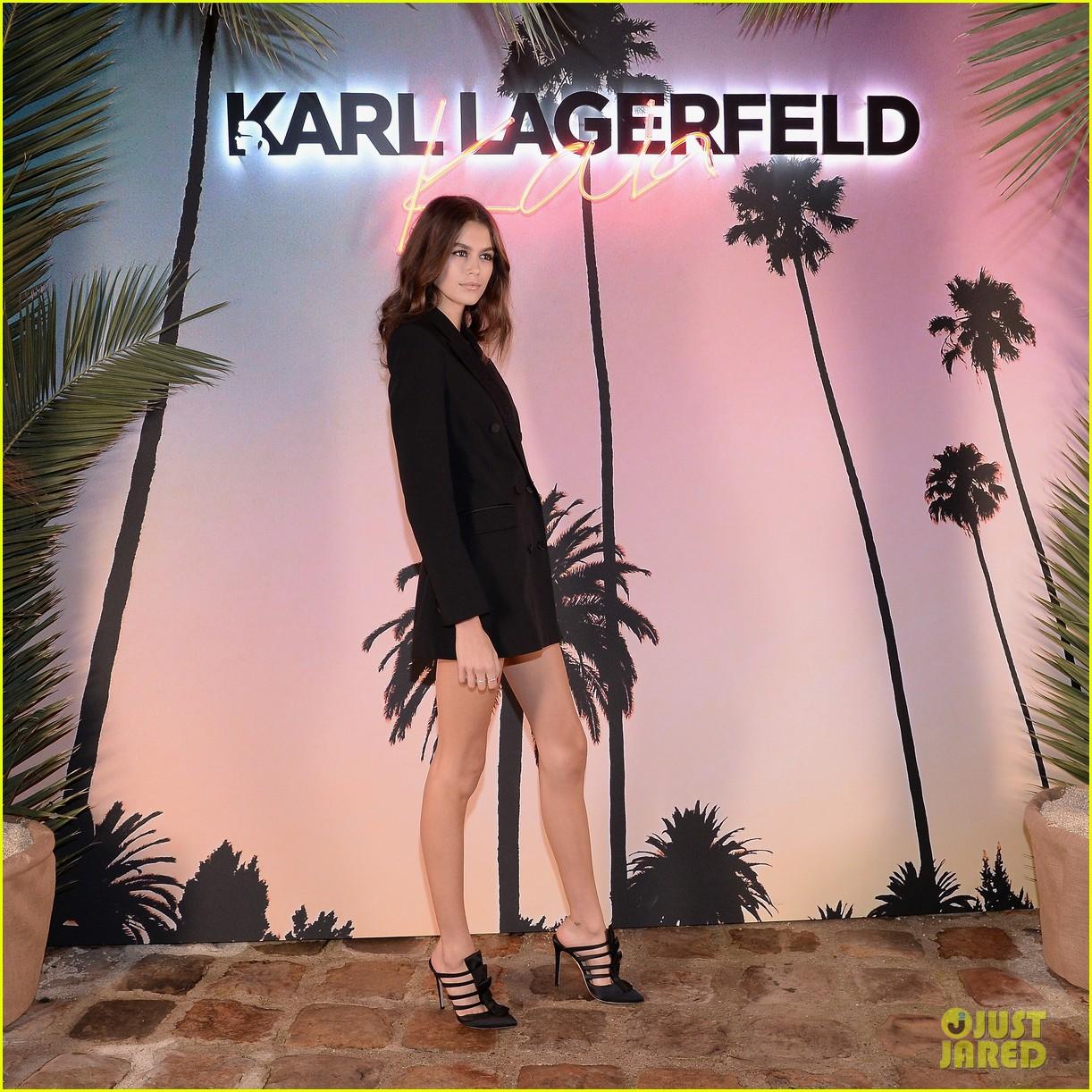 kaia gerber celebrates fashion collaboration with karl lagerfeld in paris 01