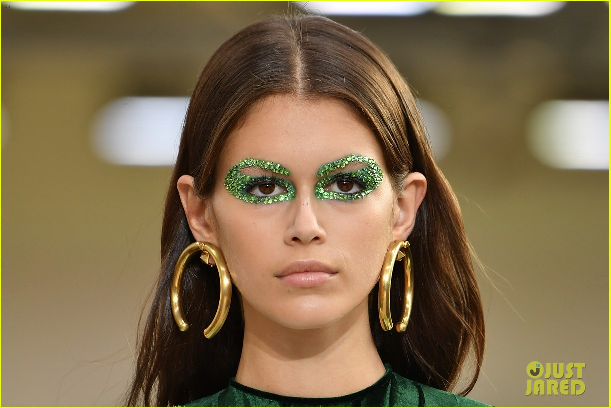 kaia gerber valentino october 2018 05