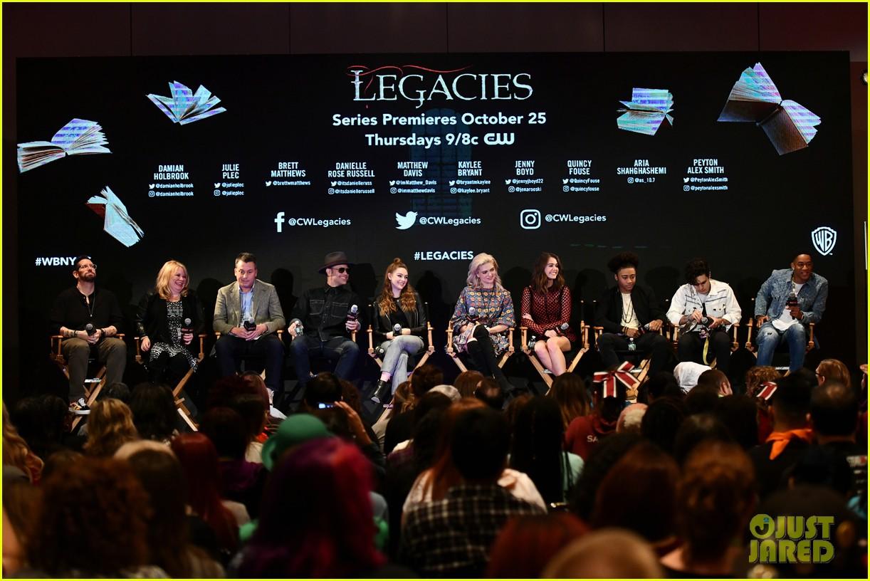 legacies cast hit up new york comic con 01