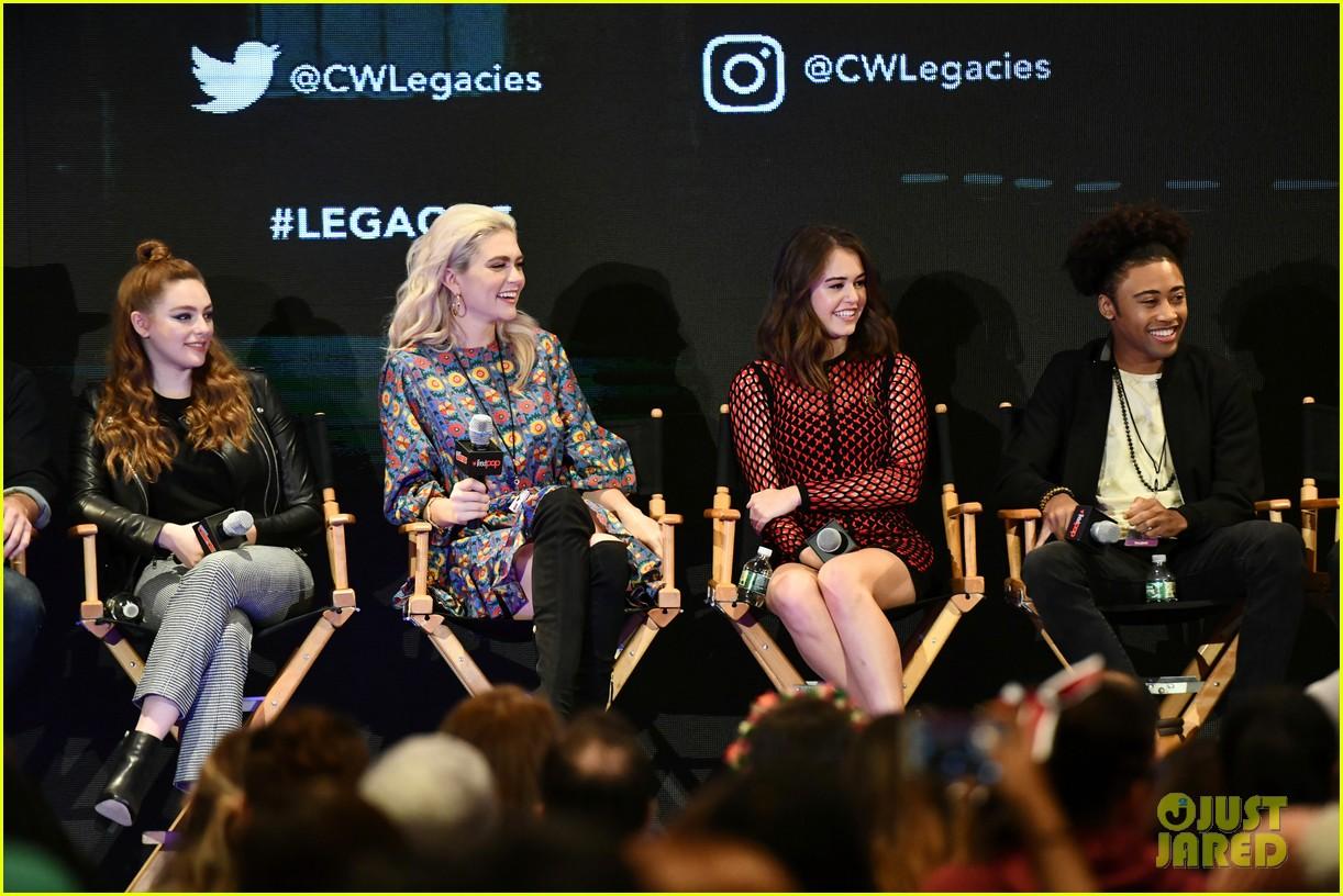 legacies cast hit up new york comic con 02