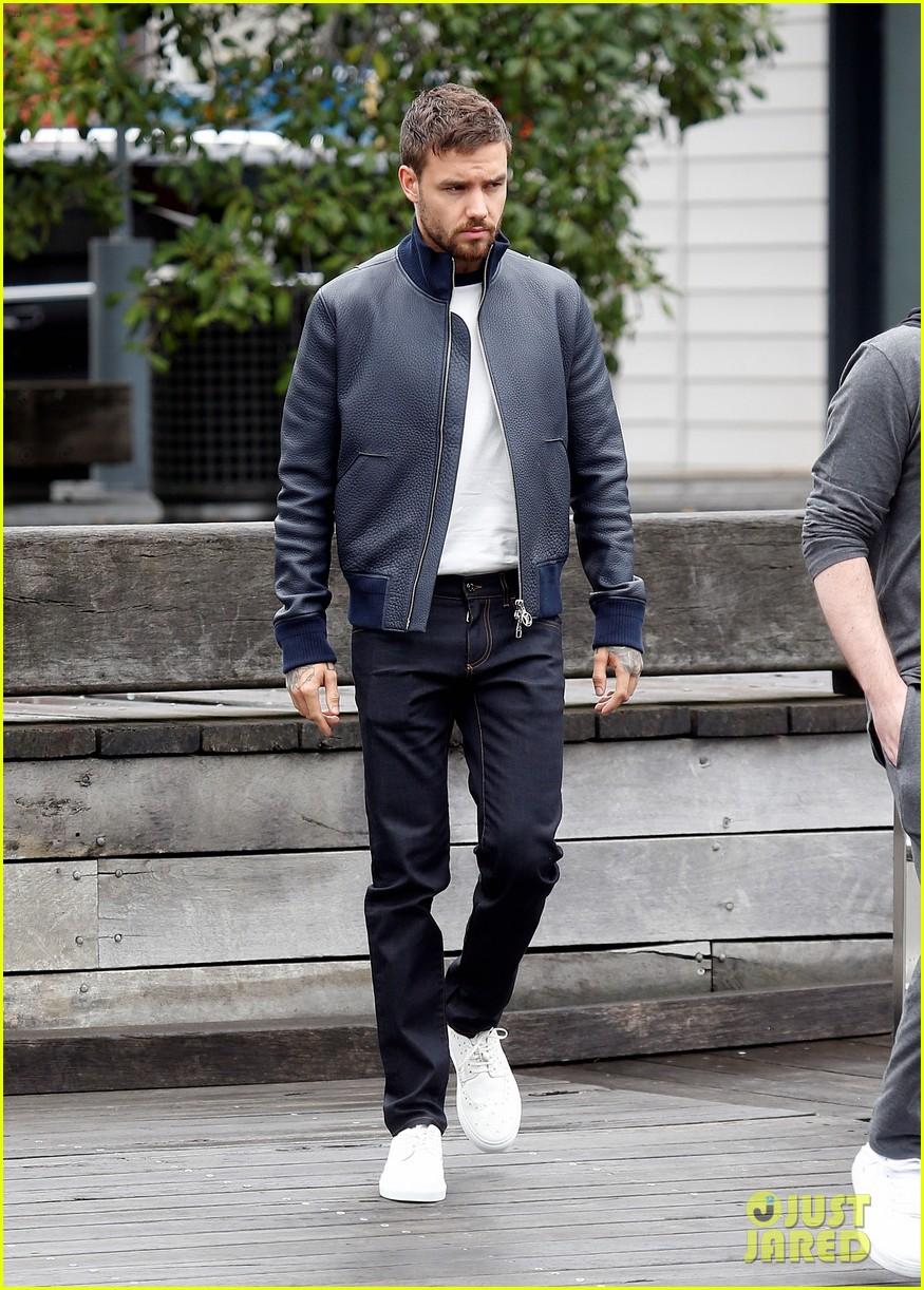 Liam Payne Returns to 'The X Factor UK' | Photo 1192563 - Photo