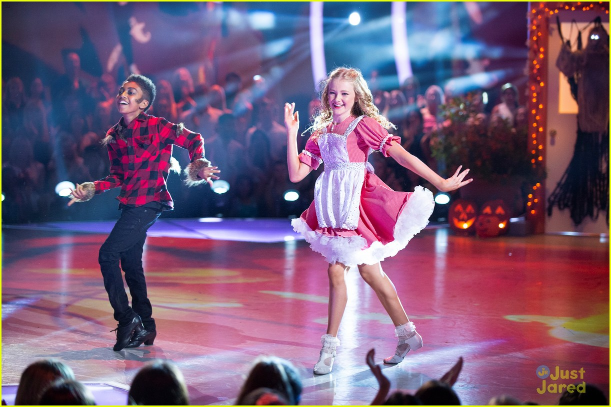 miles brown halloween night dwtsjrs 06