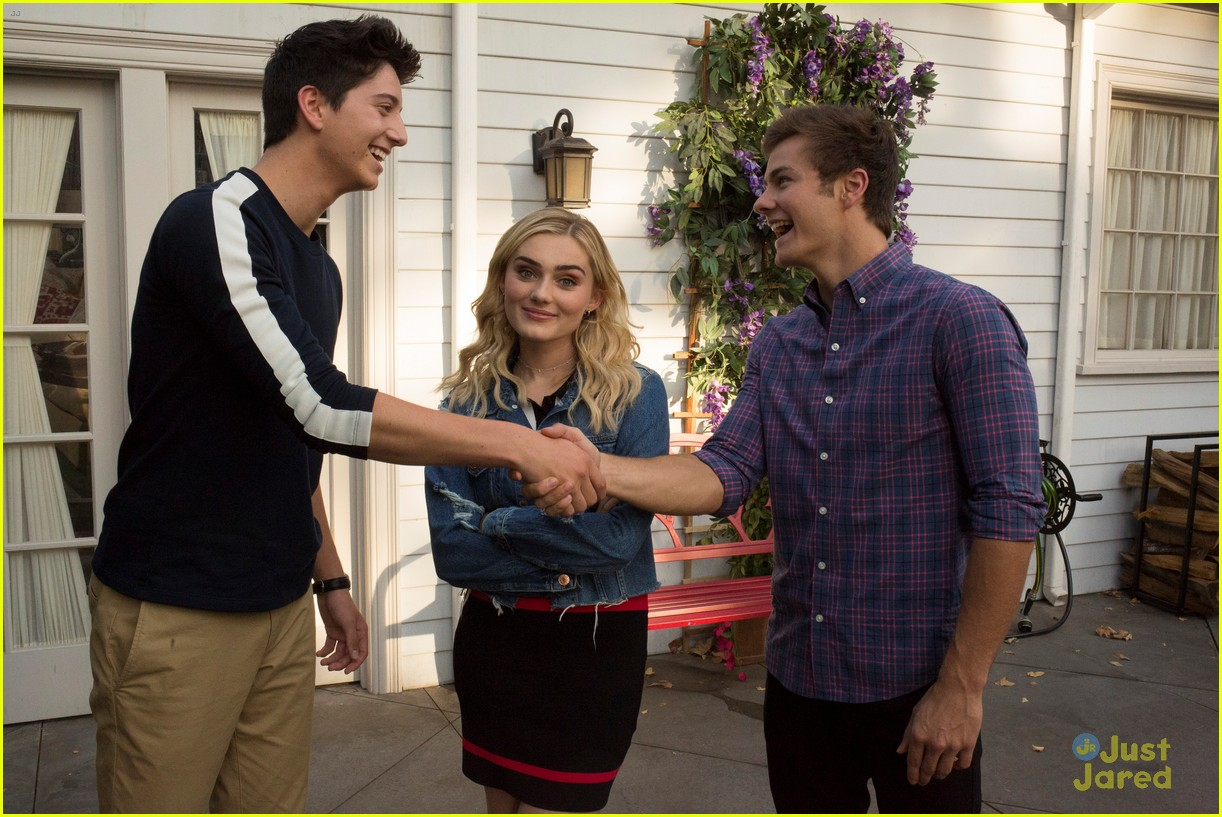 milo manheim american housewife tonight clip 17