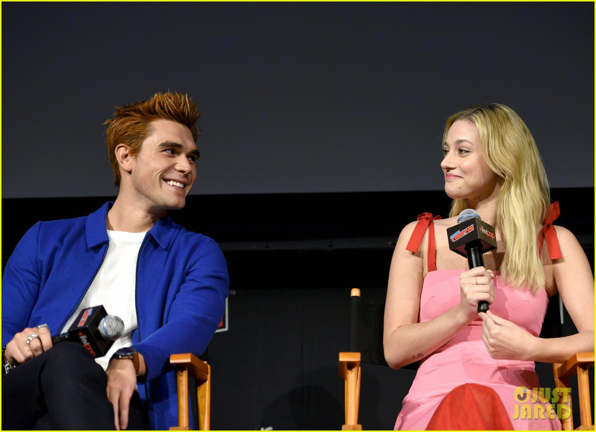 riverdale announces two new cast members at new york comic con 17