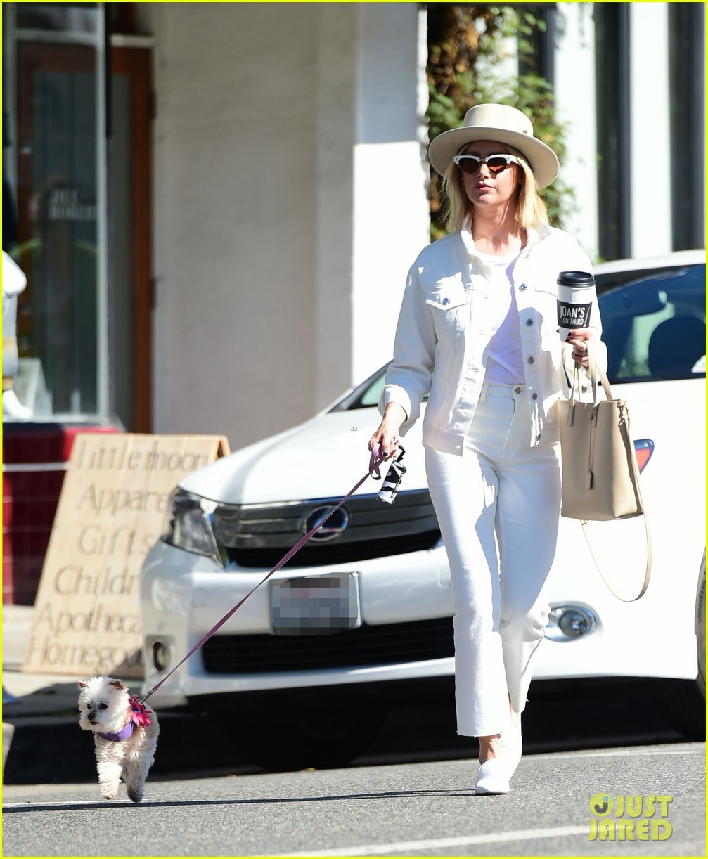 ashley tisdale wears all white while running errands with her pup 02