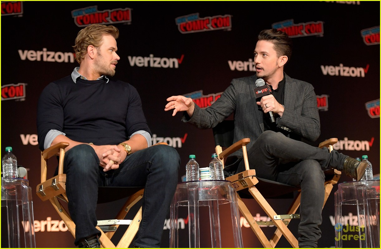 jackson rathbone kellan lutz nycc twilight reunion 03