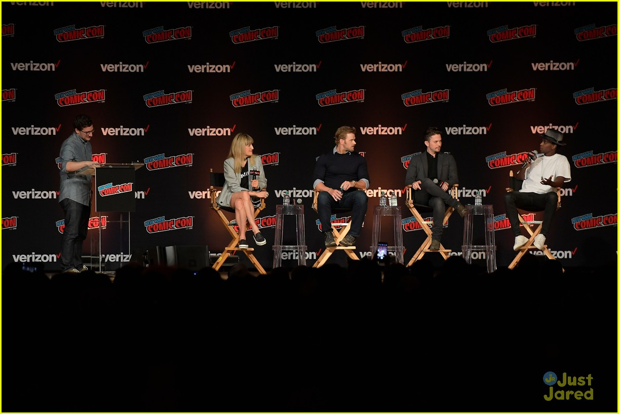 jackson rathbone kellan lutz nycc twilight reunion 08