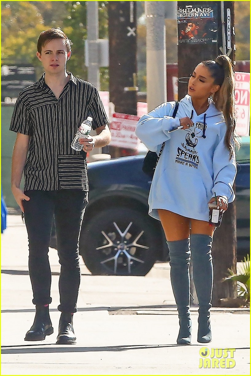 ariana grande spends the day at the studio in weho 03