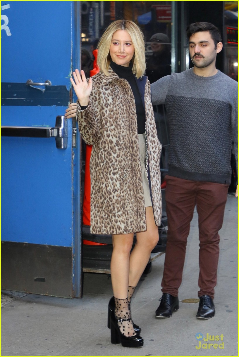 ashley tisdale tears single today show arrival pics 02