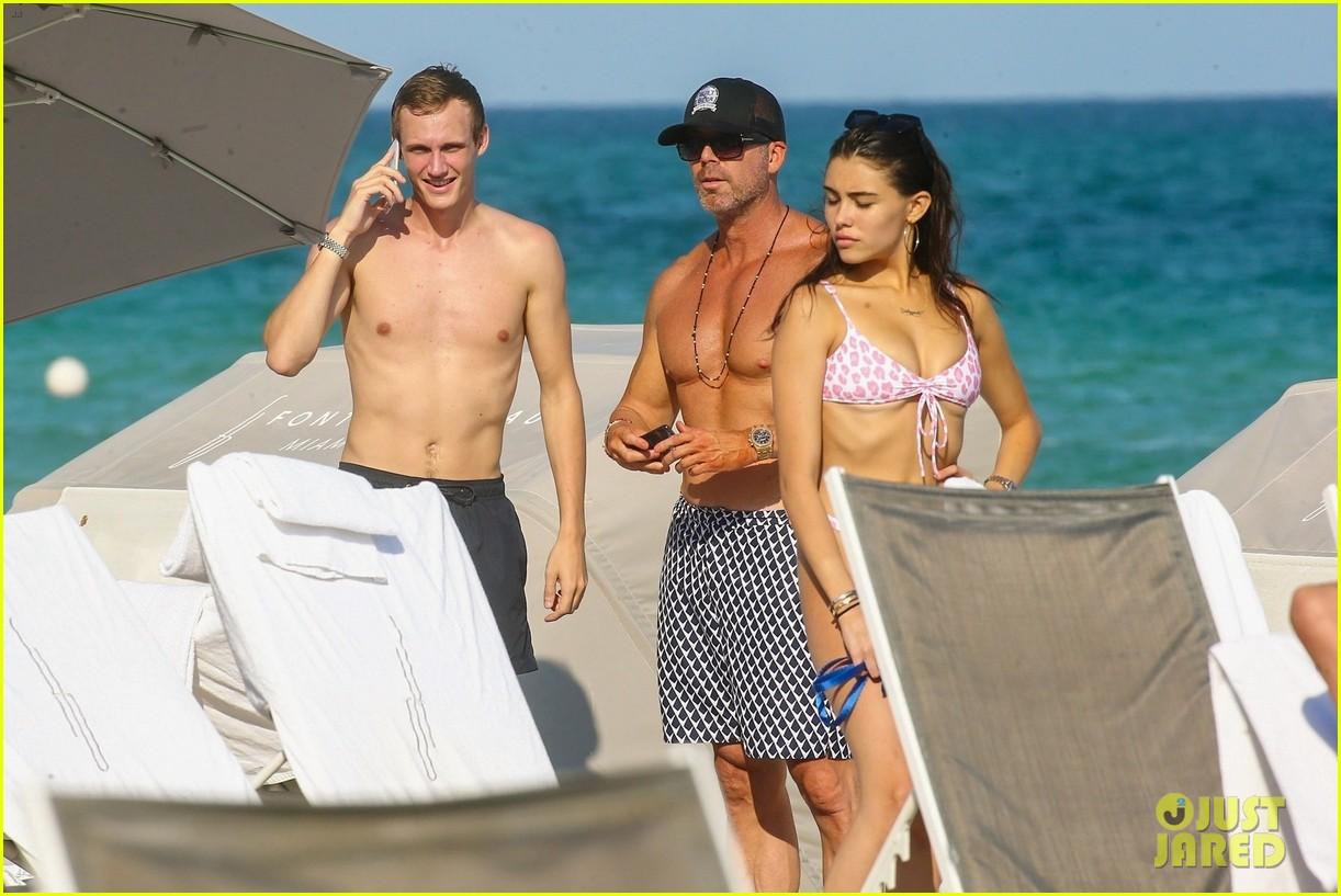 madison beer bikini beach 02