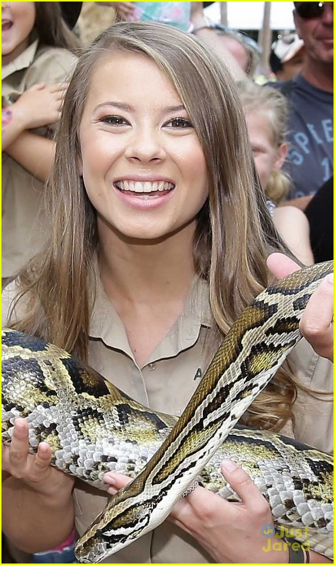 bindi irwin chandler powell steve irwin day zoo 05