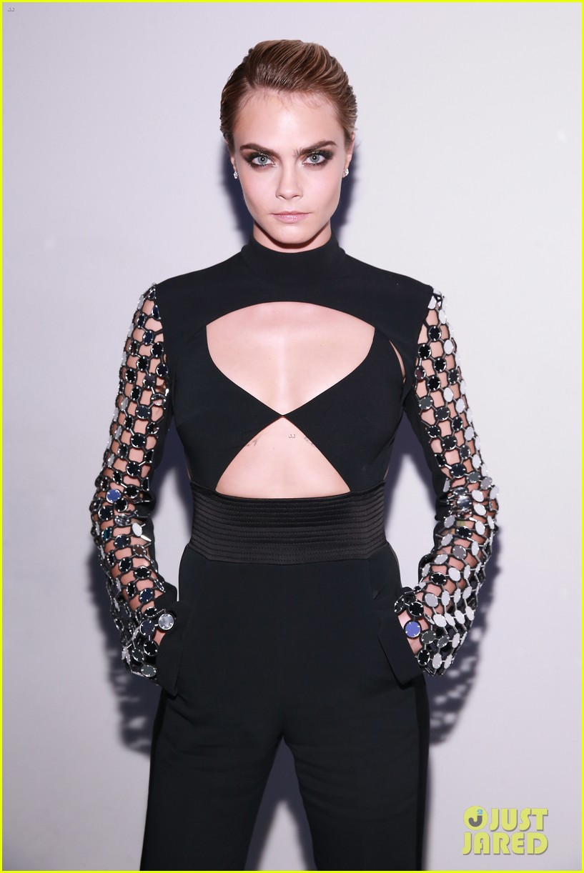 cara delevingne attends wsj magazine innovator awards honor phoebe waller bridge 02