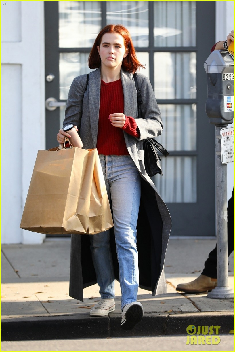 zoey deutch steps out with new red bob haircut 04