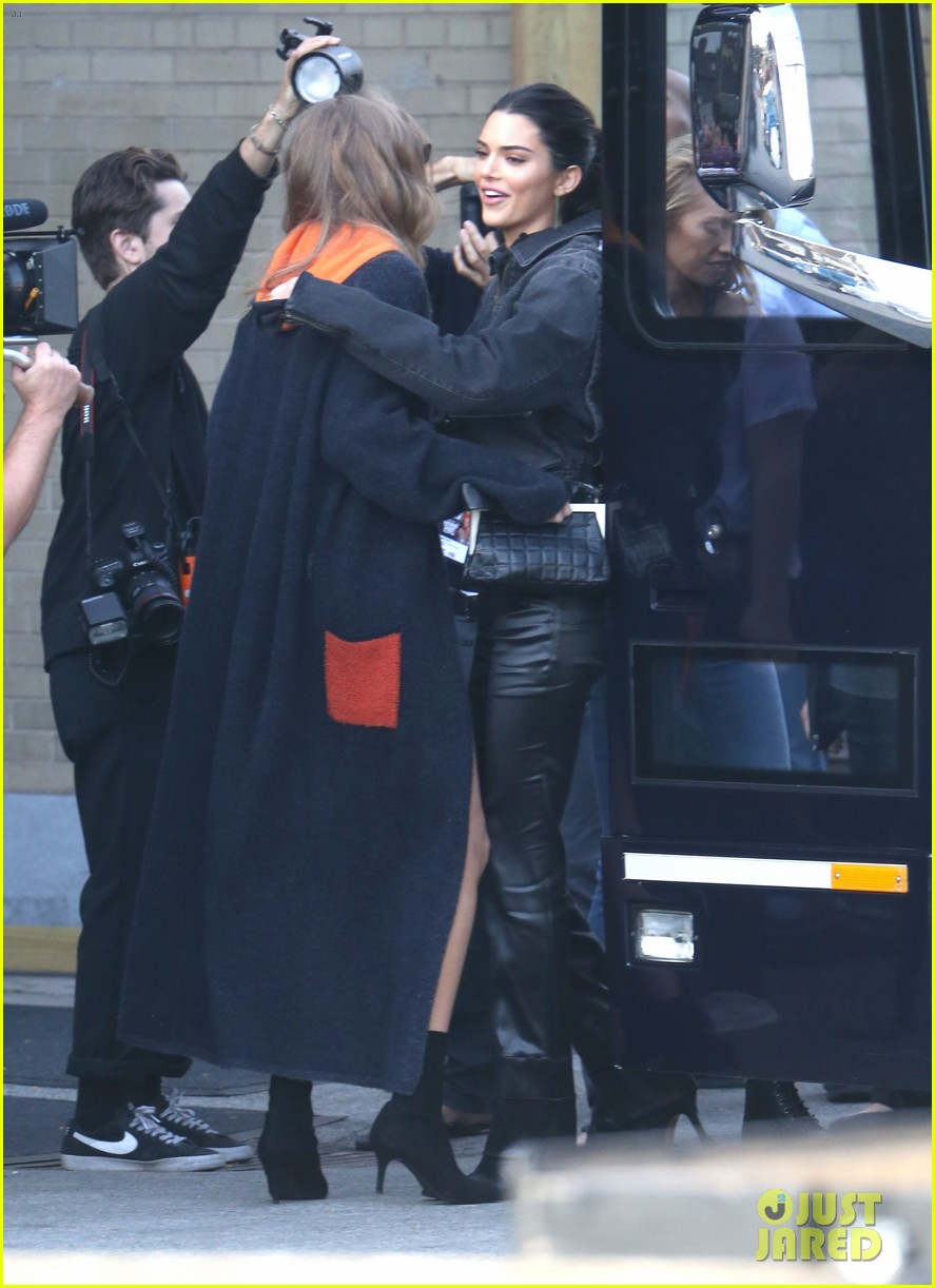 gigi hadid and kendall jenner share a hug outside of victorias secret fashion show rehearsals 06