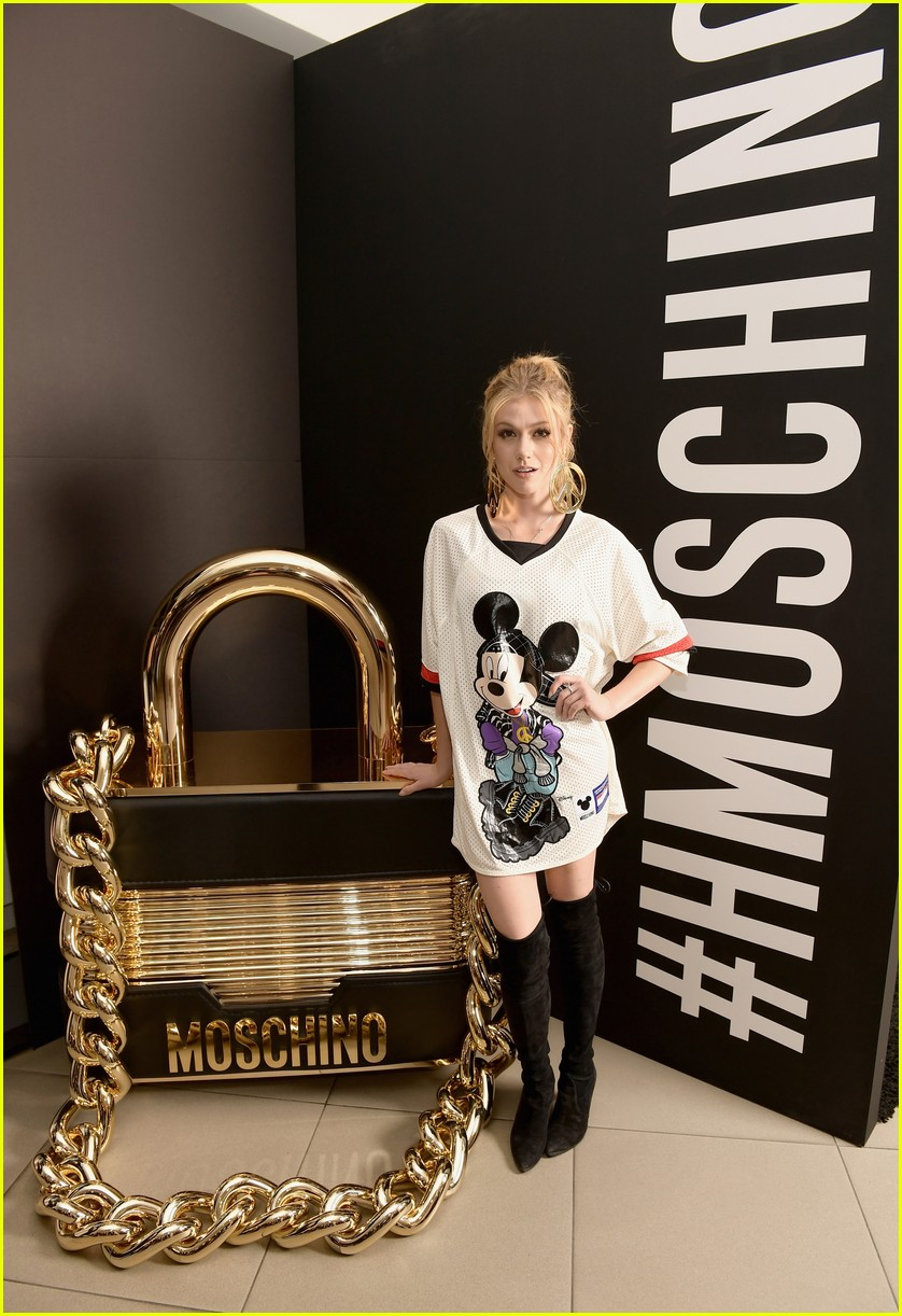 hm moschino november 2018 02 2