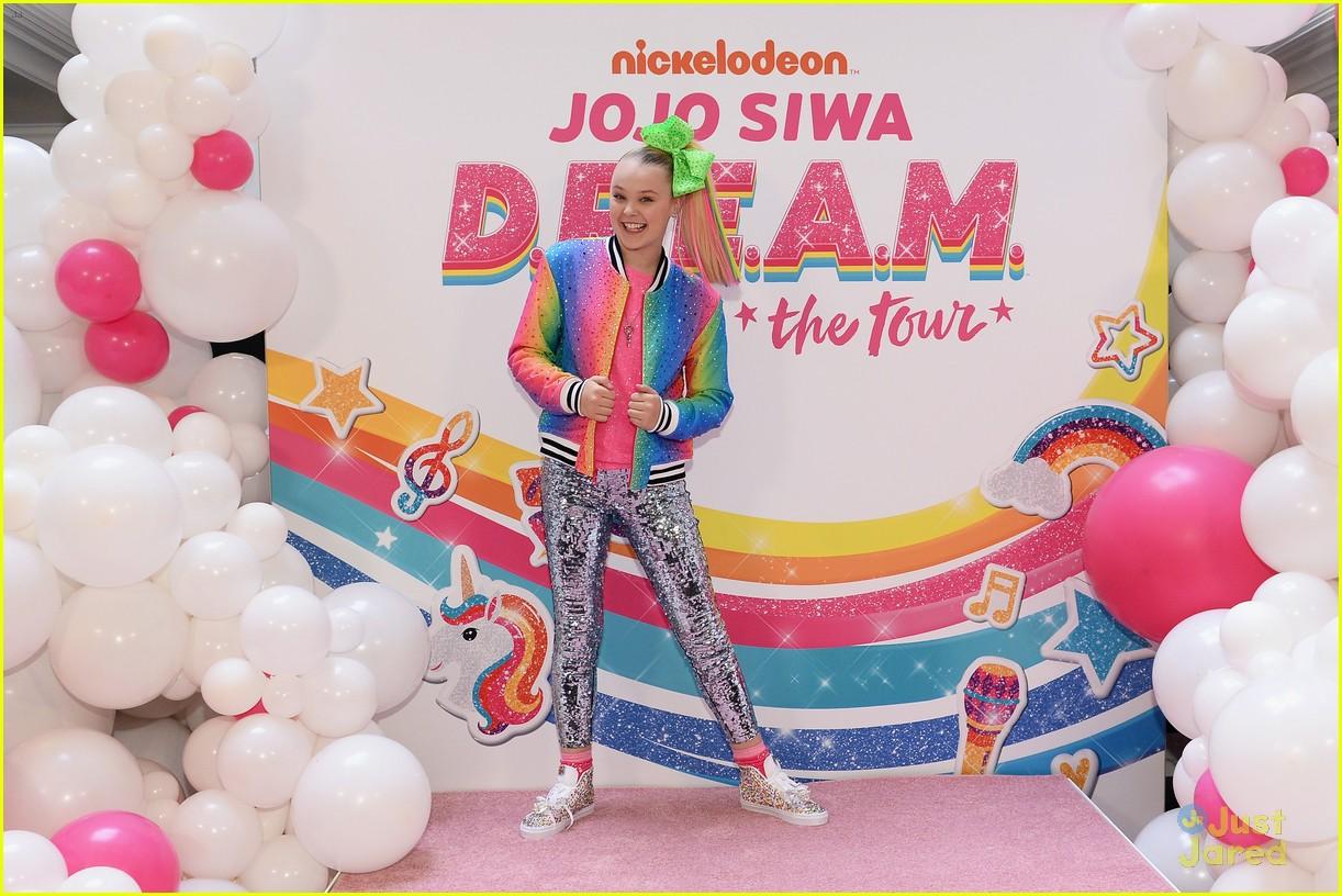 jojo siwa dream tour announcement event pics 07