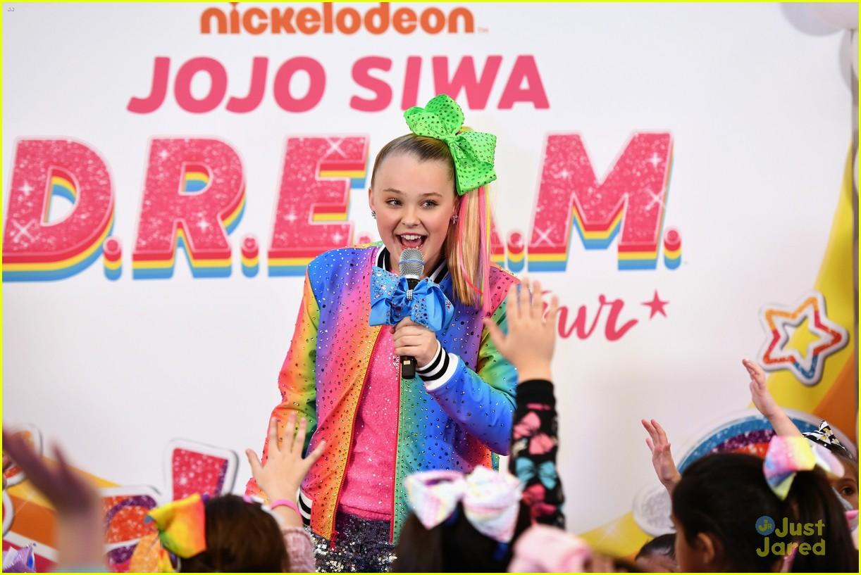 jojo siwa dream tour announcement event pics 19