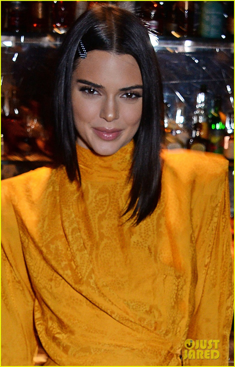 kendall jenner celebrates chaos  sixtynine cover in london 04
