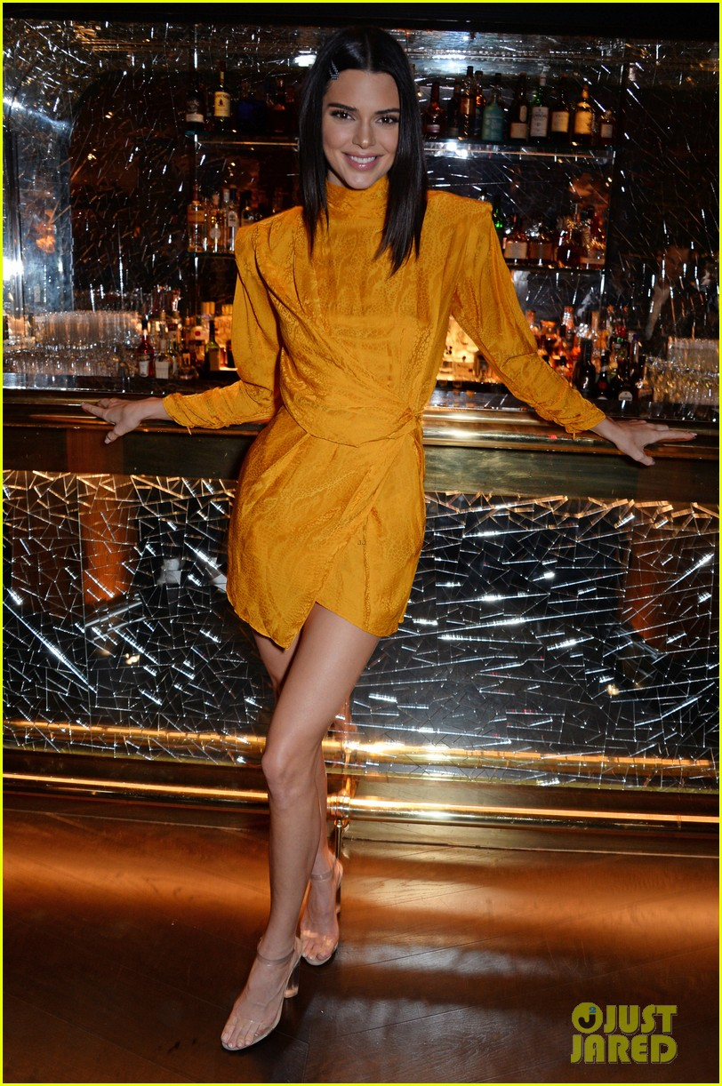 kendall jenner celebrates chaos  sixtynine cover in london 05