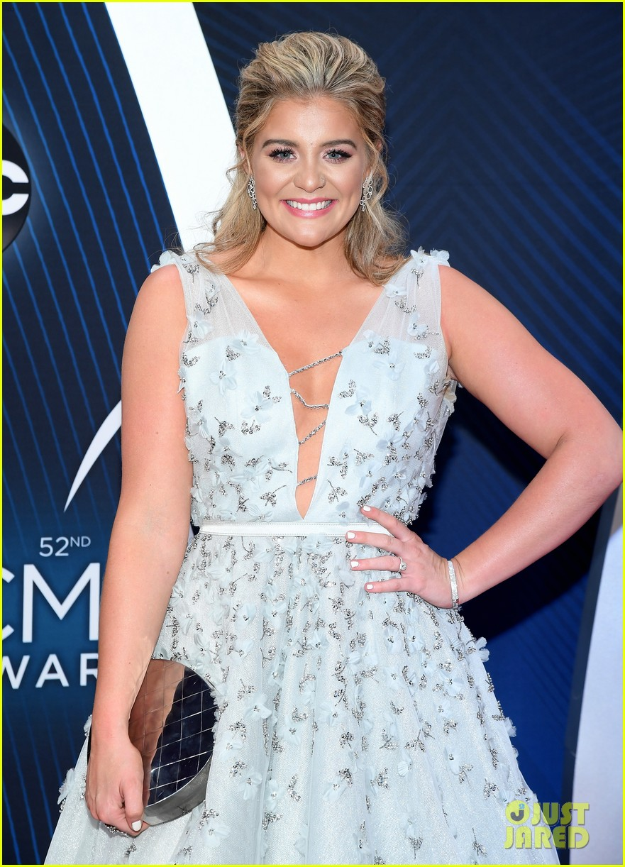 lauren alaina gives off princess vibes at cma awards 01