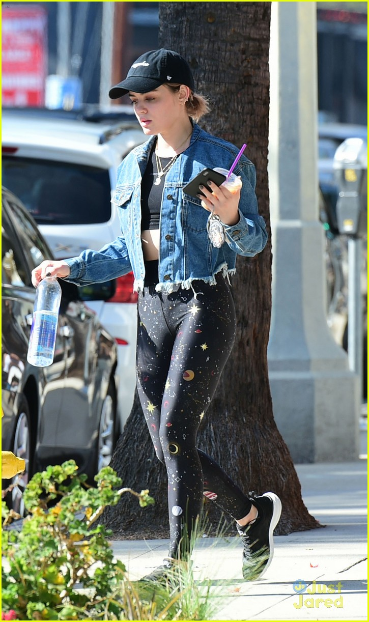 lucy hale spacy pants return la blonde again 06