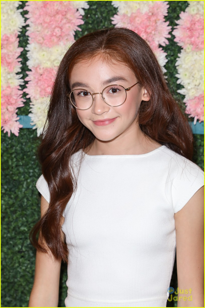 anna cathcart nia sioux baby ariel more tigerbeat 19 event 24
