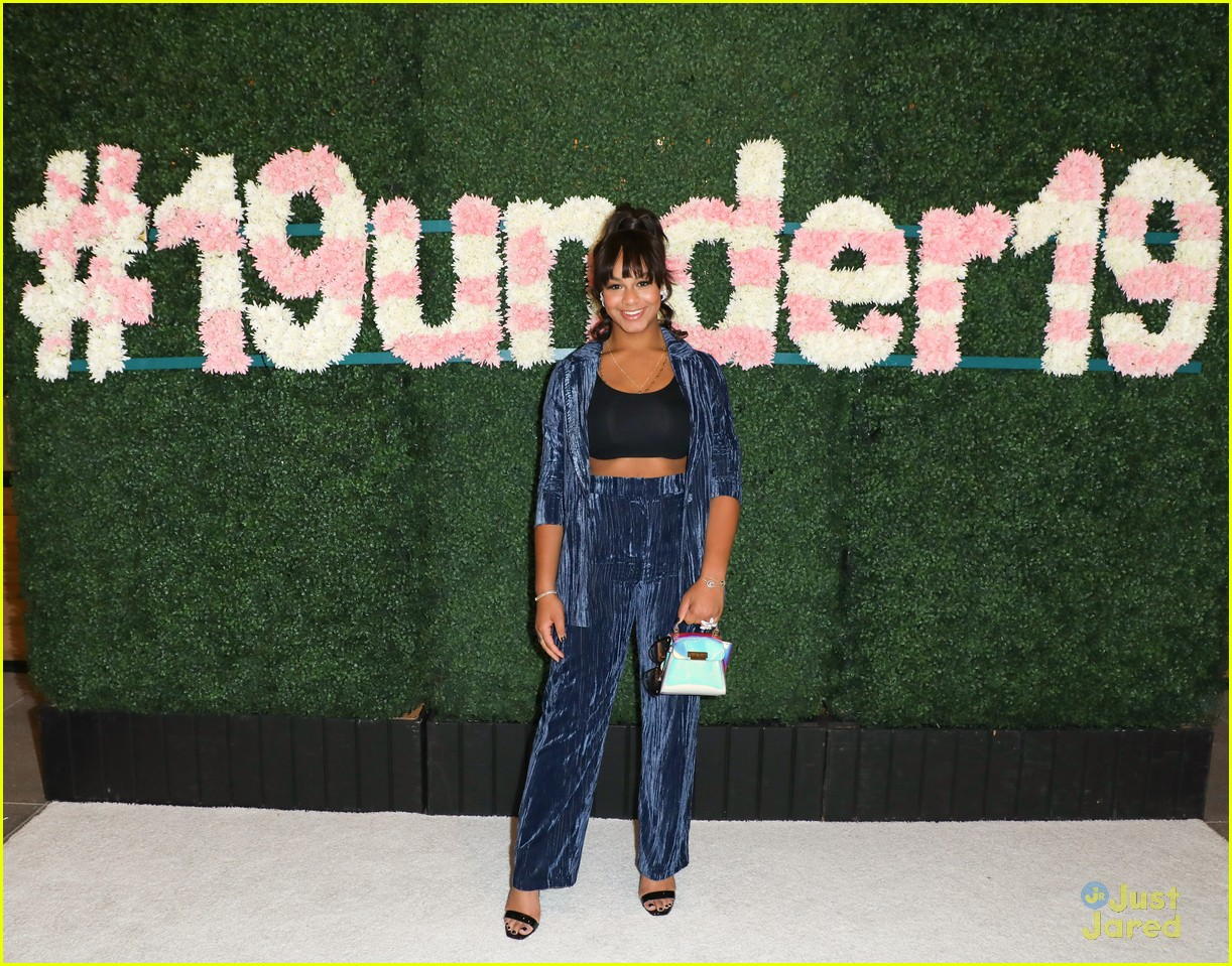 anna cathcart nia sioux baby ariel more tigerbeat 19 event 27