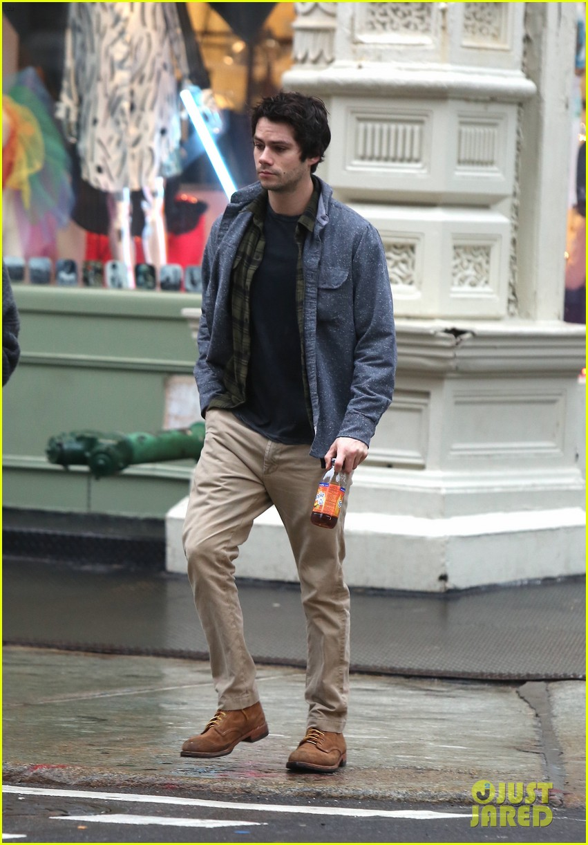 dylan obrien walks around soho 01