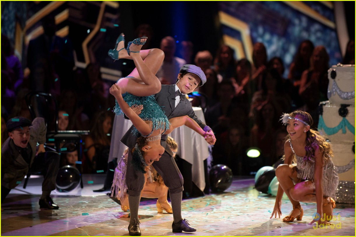 sky brown dances into roaring 20s dwtsjrs 07