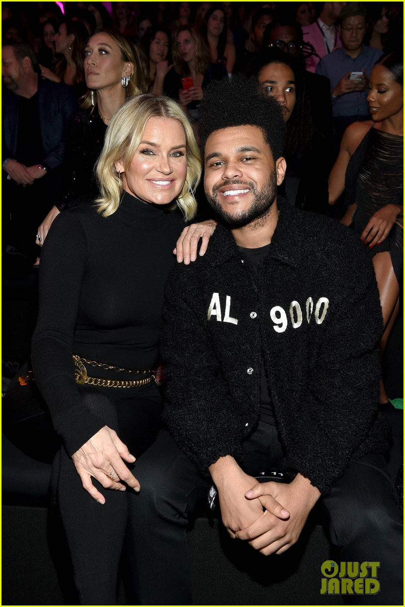 the weeknd supports bella hadid at victorias secret fashion show 02