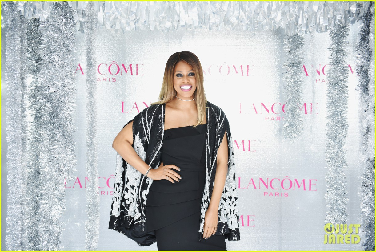 ariel winter and levi meaden join laverne cox at lancome and vogues holiday event 12