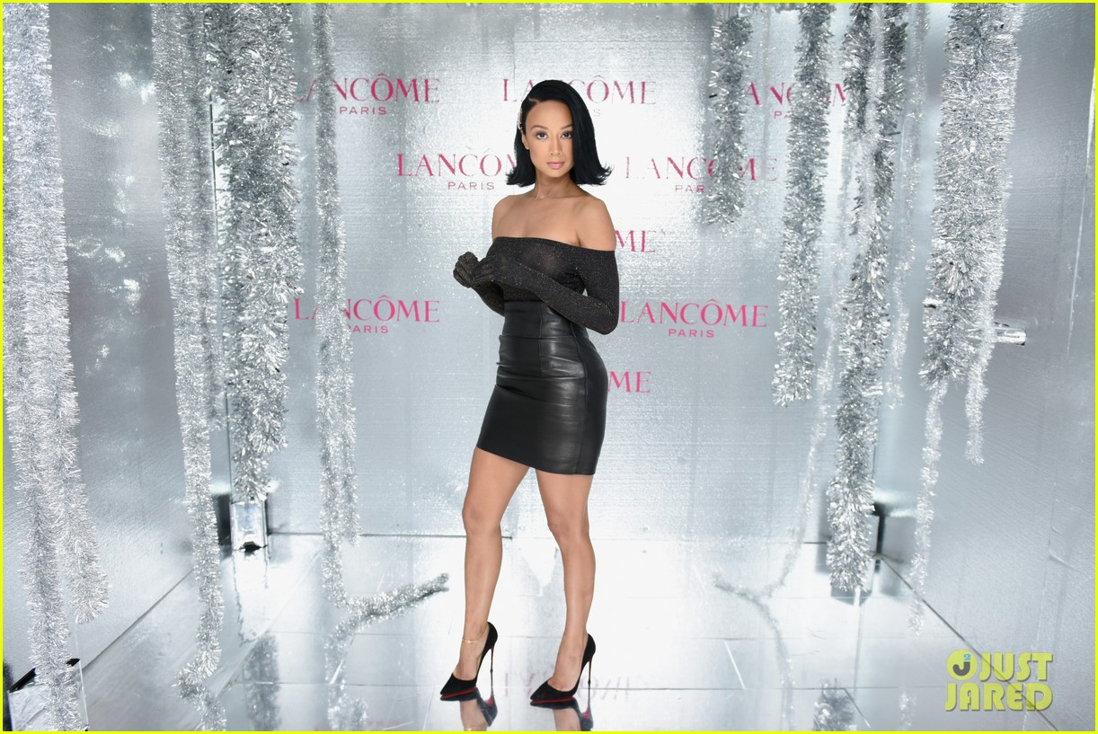 ariel winter and levi meaden join laverne cox at lancome and vogues holiday event 15