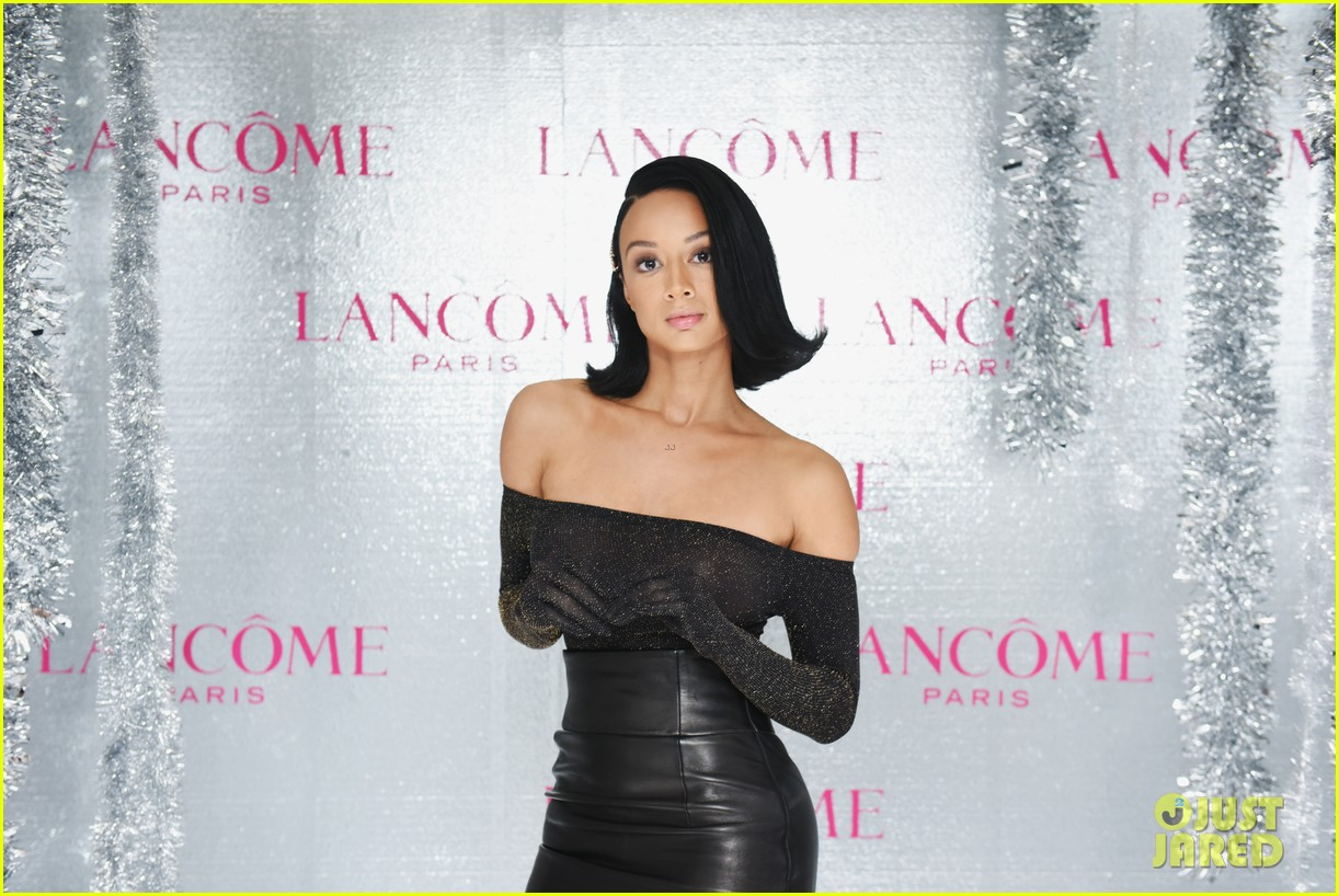 ariel winter and levi meaden join laverne cox at lancome and vogues holiday event 16