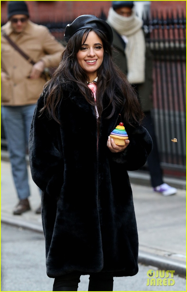 Kevin Hart Commercial >> Camila Cabello Has the Best Time Filming New Commercial in NYC! | Photo 1204225 - Photo Gallery ...