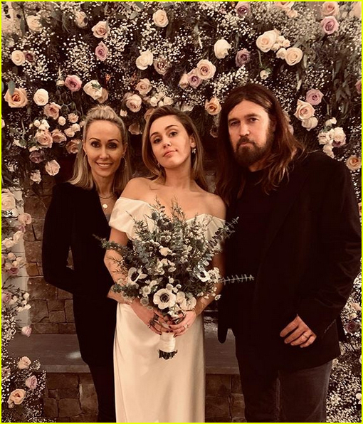 Miley Cyrus Wedding Photos: Miley Cyrus Shares New Photos With Her Parents At Her