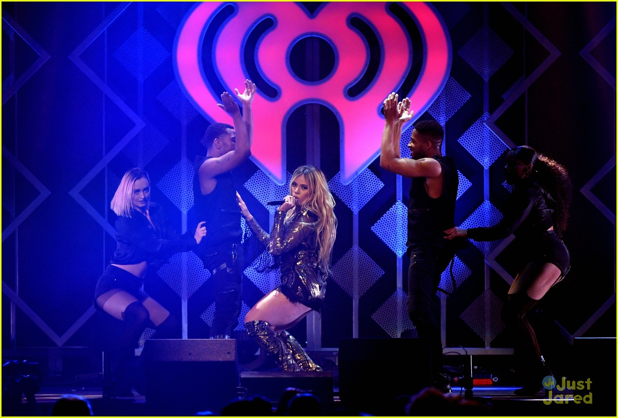 dinah jane sabrina carpenter more jingle ball st paul 48