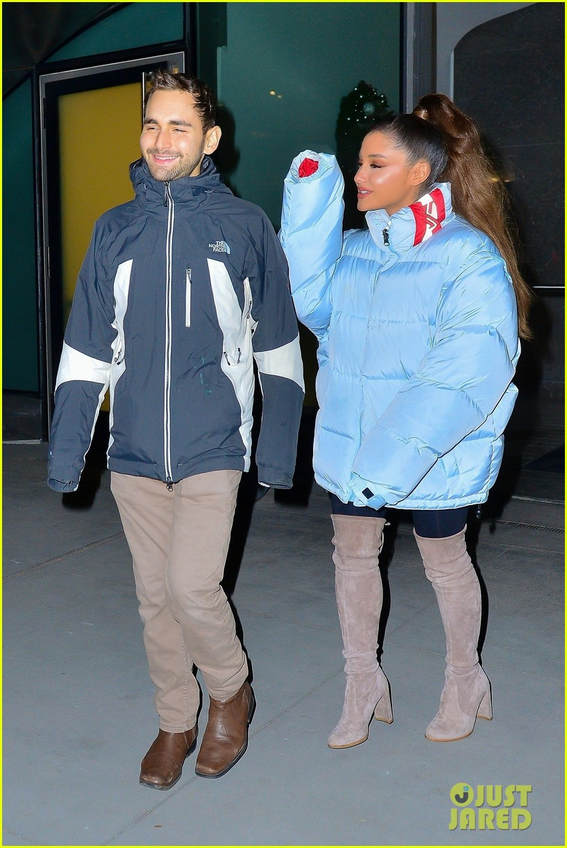 ariana grande and former broadway co star aaron simon gross hang out in nyc 02