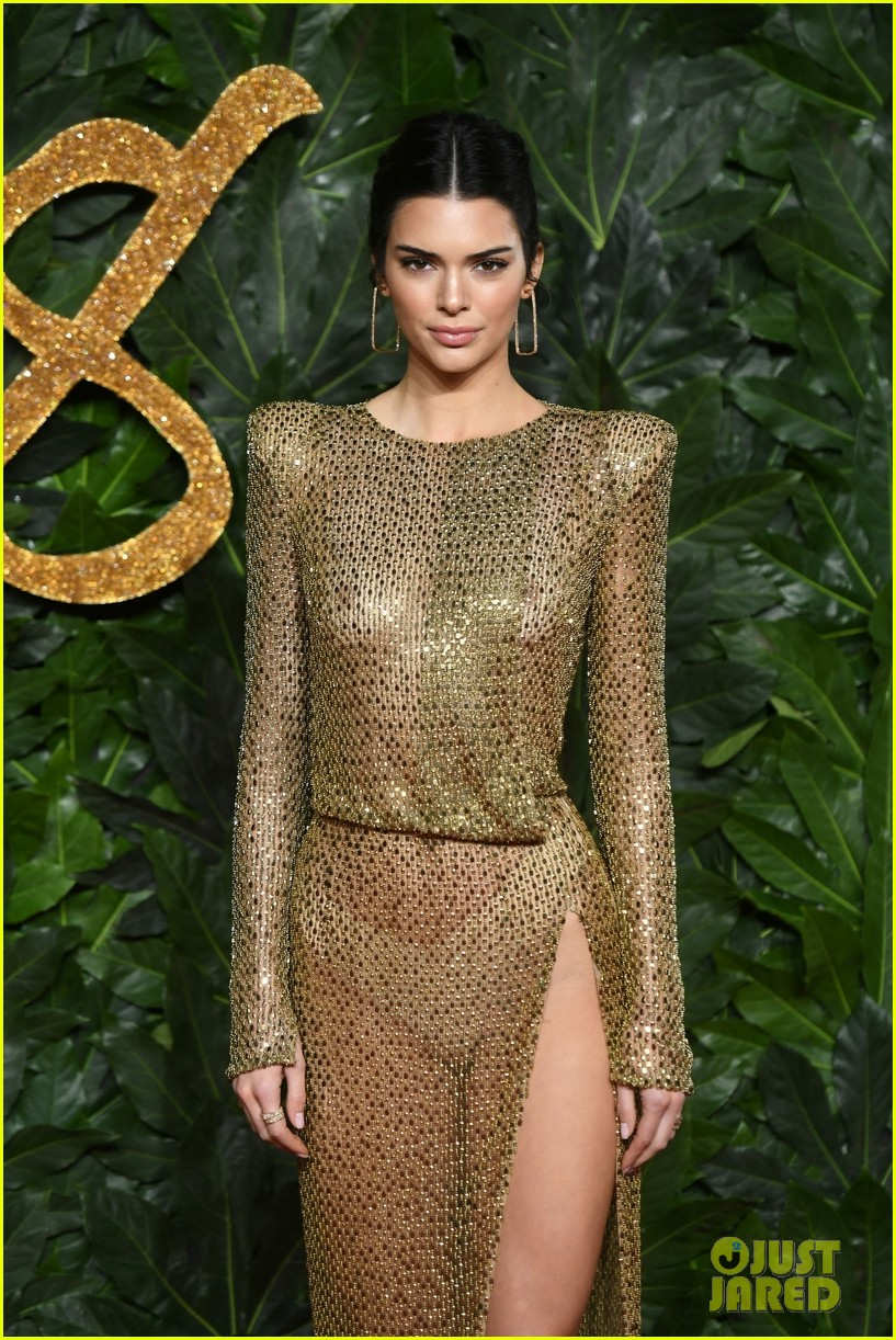 kendall jenner the fashion awards 2018 03