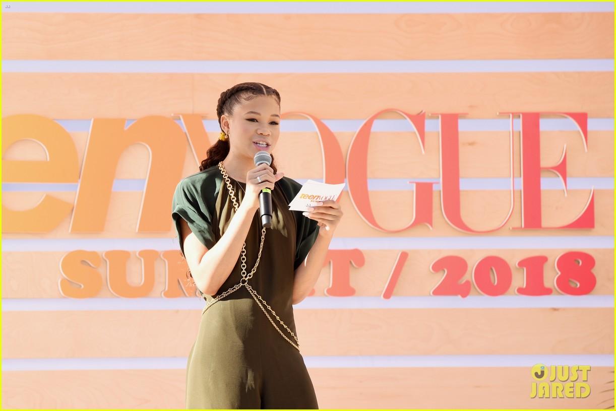 lauren jauregui performs at teen vogue summit 12