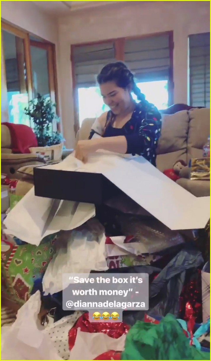 demi lovato christmas morning 10