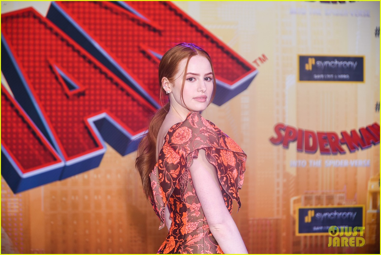 madelaine petsch travis mills couple up at spiderman premiere 30